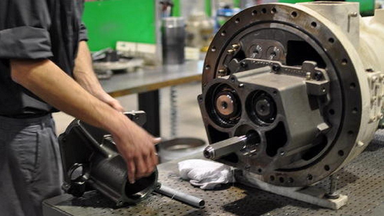 Maintenance of auto ac compressor