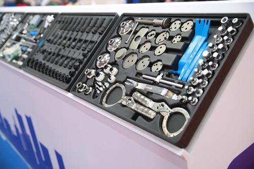 Maintenance of auto screw compressor